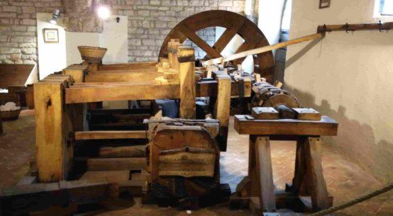 museo della carta e filigrana